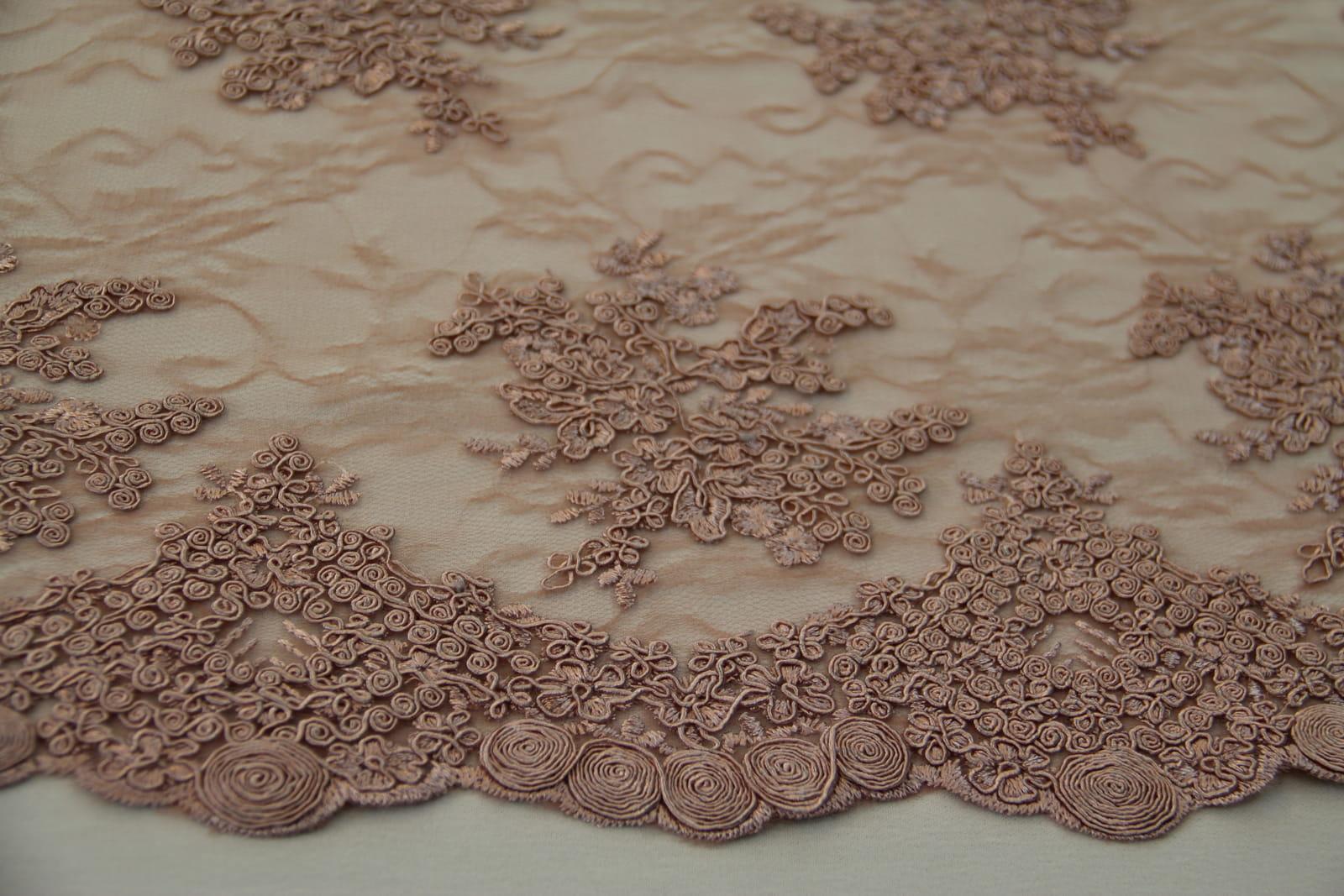 bb4a1cef347c Koronka gipiurowa wzór nr 1 - brudny róż z nutą beżu Textilmania